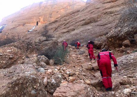 فوت یک نفر در ارتفاعات شمالی کاشمر بر اثر سقوط از ارتفاع