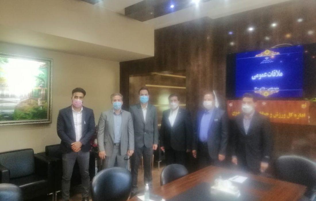 در جلسه مشترک مسئولان هیات هاکی با مدیرکل ورزش و جوانان استان انجام شد؛ واگذاری یک سالن ورزشی در مجموعه ثامن مشهد به عنوان خانه هاکی خراسان رضوی