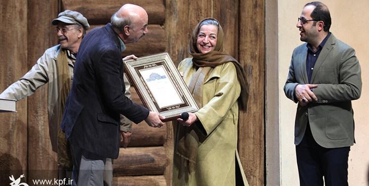 ایرج طهماسب در آیین اهدای جوایز جشنواره قصهگویی