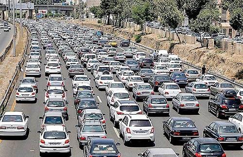 روند افزایشی رفت و آمد و ترافیک در مشهد