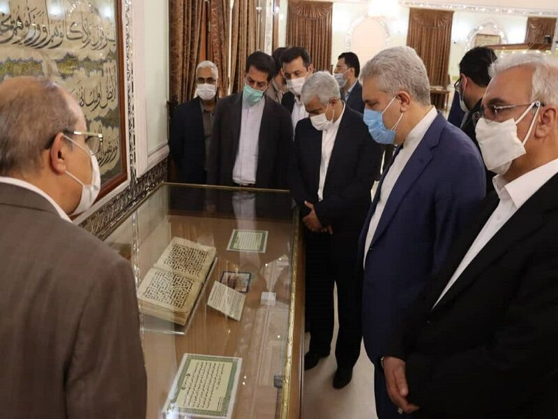 تعامل وزارت میراث فرهنگی با آستان قدس رضوی