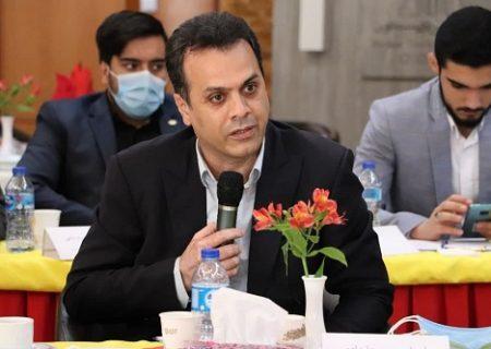 اهدای تجهیزات چمن مصنوعی برای راه اندازی خانه هاکی خراسان رضوی